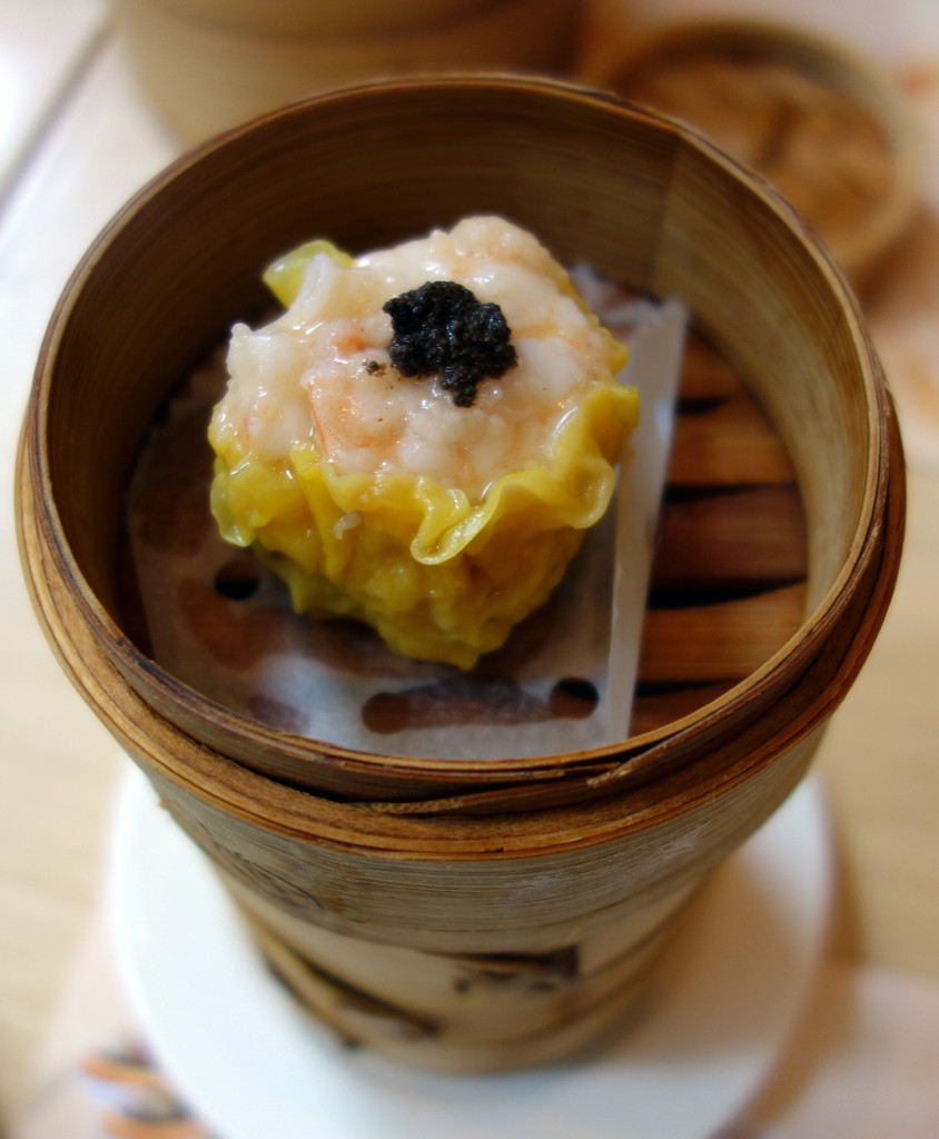Steamed king's siu mai wth truffle